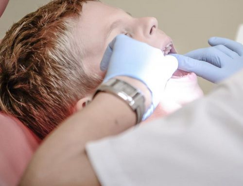 Tips to save someone's tooth in case of accident